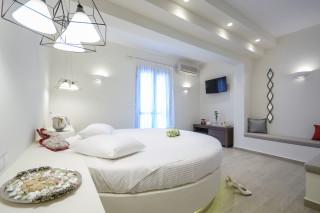 honeymoon suite alkyoni beach bedroom