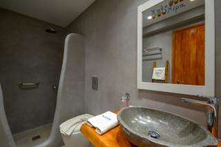 junior suite alkyoni beach shower
